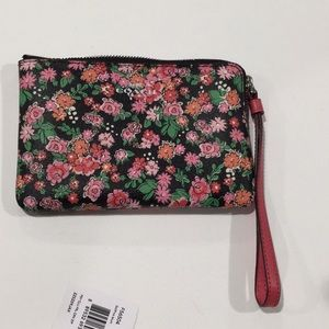 Coach Wristlet brand new with tag!